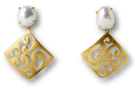 18 Kt Brushed Gold & Baroque Pearls With Removable 18 Kt Brushed Gold Attachments