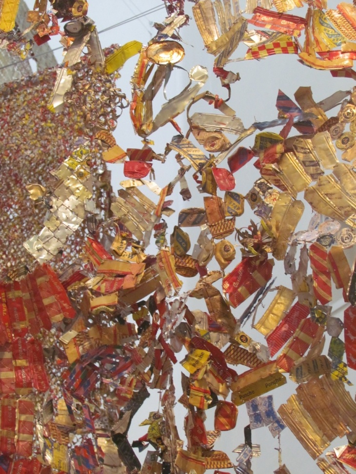 El Anatsui ~ Gli (Wall),  2010 Aluminum & Copper Wire